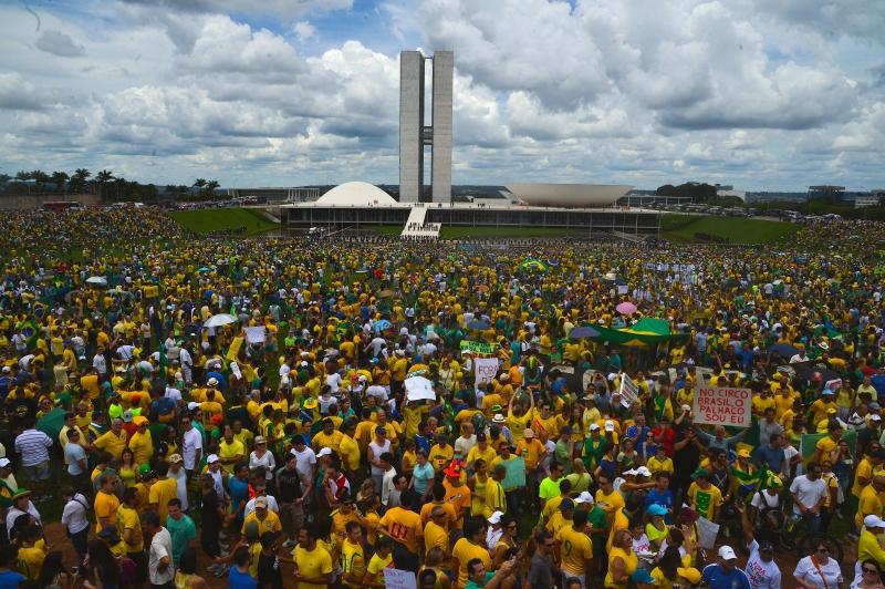 Petrobras Corruption Scandal in 2Minutes