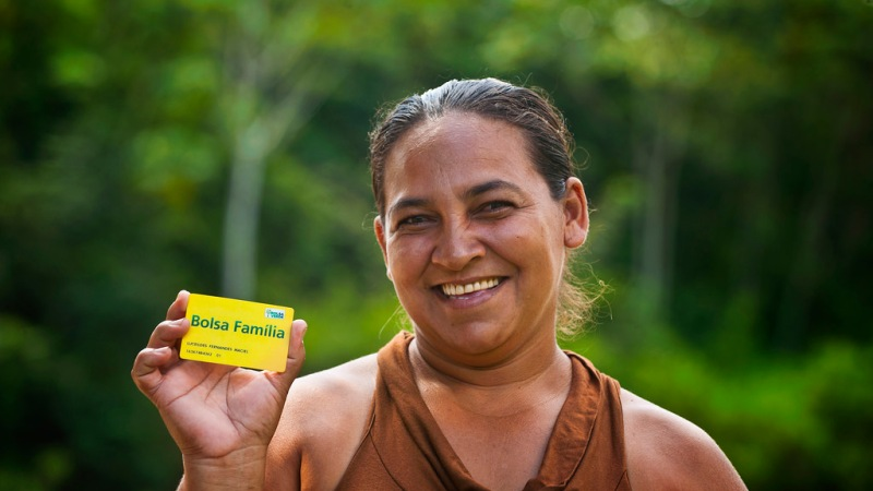 "Brazilians Have A Civic Role In Keeping the ""Bolsa Familia"" Program"
