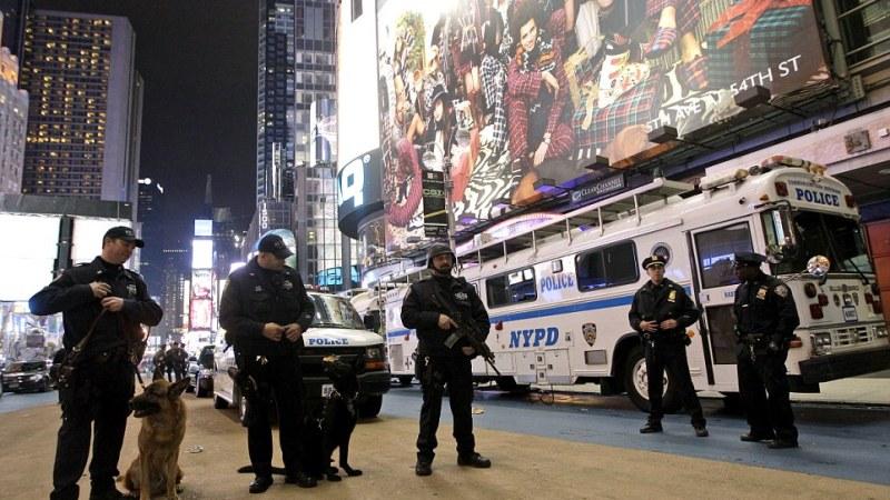 Public safety in NYC and Rio de Janeiro: parallel or polesapart?